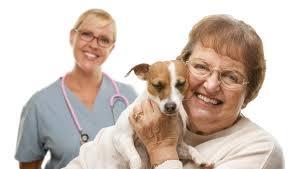yaşlı-kadın-köpek